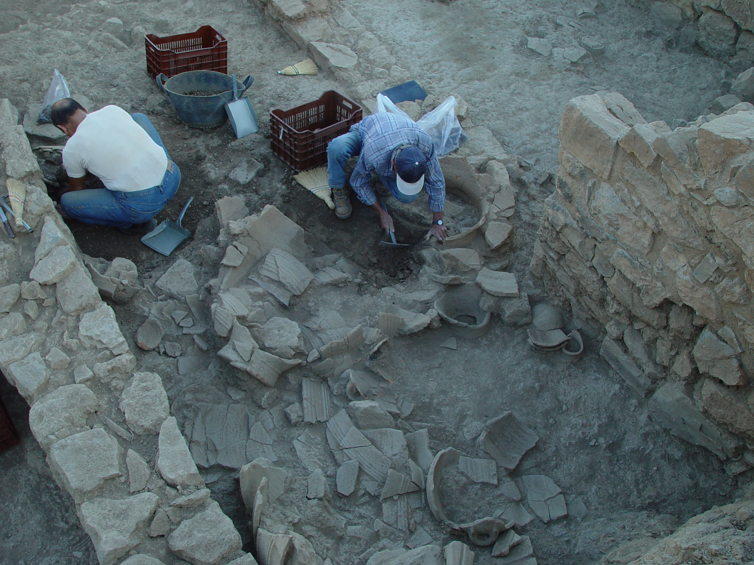 Excavation in the West Building Azoria 2017