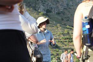 M. Eaby, site tour 2014. L. Thompson, Azoria Project 2014.